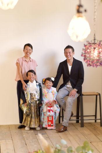 七五三 自然な家族写真
