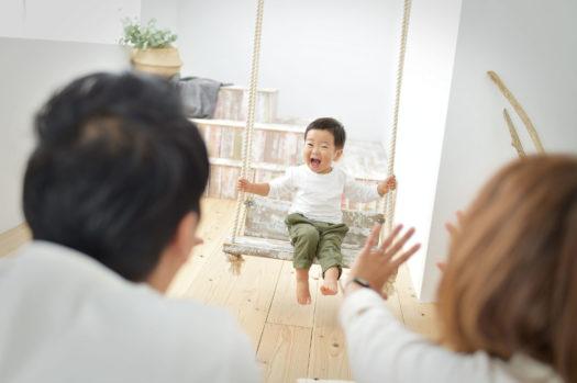 宝塚市 家族写真 男の子 自然な笑顔
