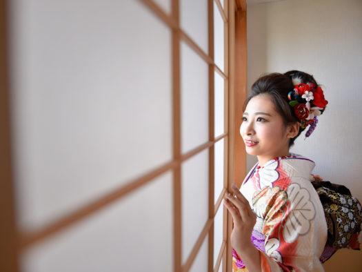 宝塚市 成人式 前撮り 白の振袖