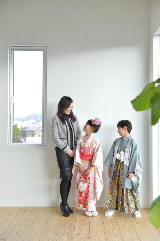 宝塚市 七五三 1/2成人式 袴 家族写真