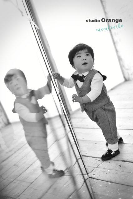 吹田市 バースデーフォト 1歳男の子 衣装 自然な仕草
