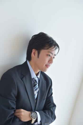 宝塚市 成人 男性 スーツ