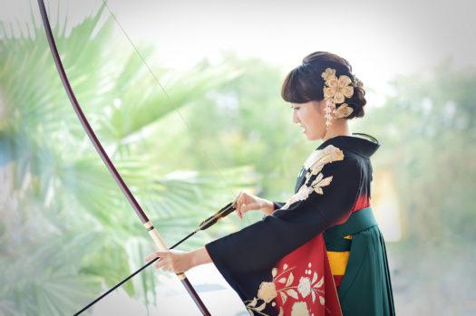 成人式袴 弓道 弓持ち込み