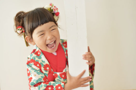 宝塚 七五三 3歳女の子 椿柄の被布