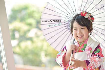 宝塚市 七五三 3歳女児 紫着物 被布 傘