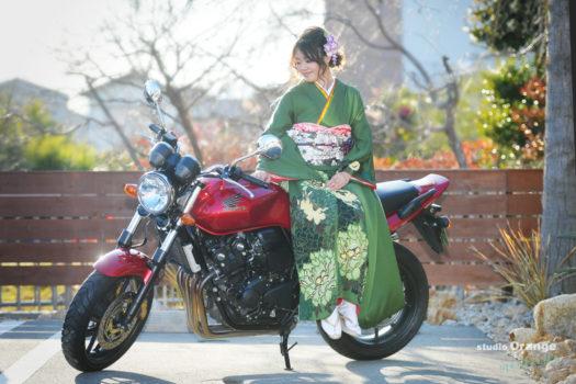 宝塚市 成人式 写真館 バイク フォトスタジオ スタジオオレンジモンテシート 振袖