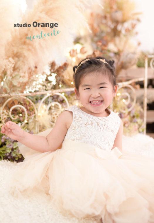 伊丹市 写真館 フォトスタジオ お誕生日 バースデー 洋装 ドレス